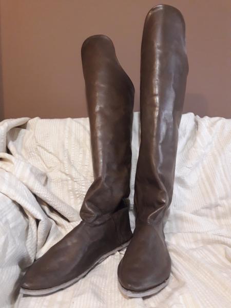 byzantine riding boots